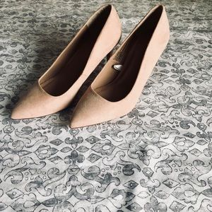 A New Day Nude Suede Heels! NWOT!